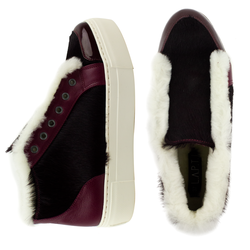 Women's slip-on made of genuine leather Lapti burgundy on white fur with a pony print