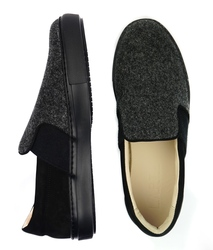Slip-ons for men made of nubuck and felt Lapti dark gray with elastic