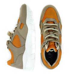 Женские кожаные оранжевые кроссовки L.A.P.T.I.