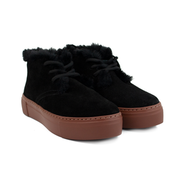 Women's slip-on made of split leather Lapti black on wool