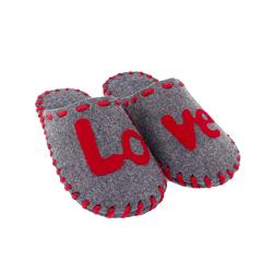"""Тапочки домашні чоловічі з повсті Lapti сірі з написом """"LOVE"""""""