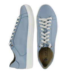 Light blue leather sneakers  (M)