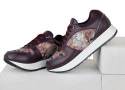 Кожаные бордовые кроссовки с вставками из лака и ткани альпнина (W)