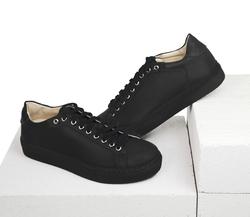 Кожаные черные кеды (W)