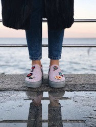 Вышивка для обуви Стакан молочка бежевый