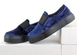 Velvet blue slip-on sneakers with wide elastic band (W)