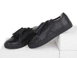 Кеды черные с перфорацией кожаные черные кисточки (W)
