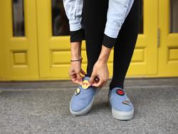 Вышивка для обуви Губы