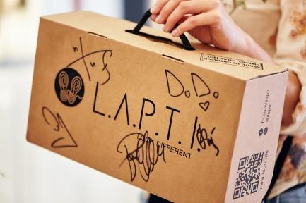 Открытие L.A.P.T.I.store в ТЦ Lavina